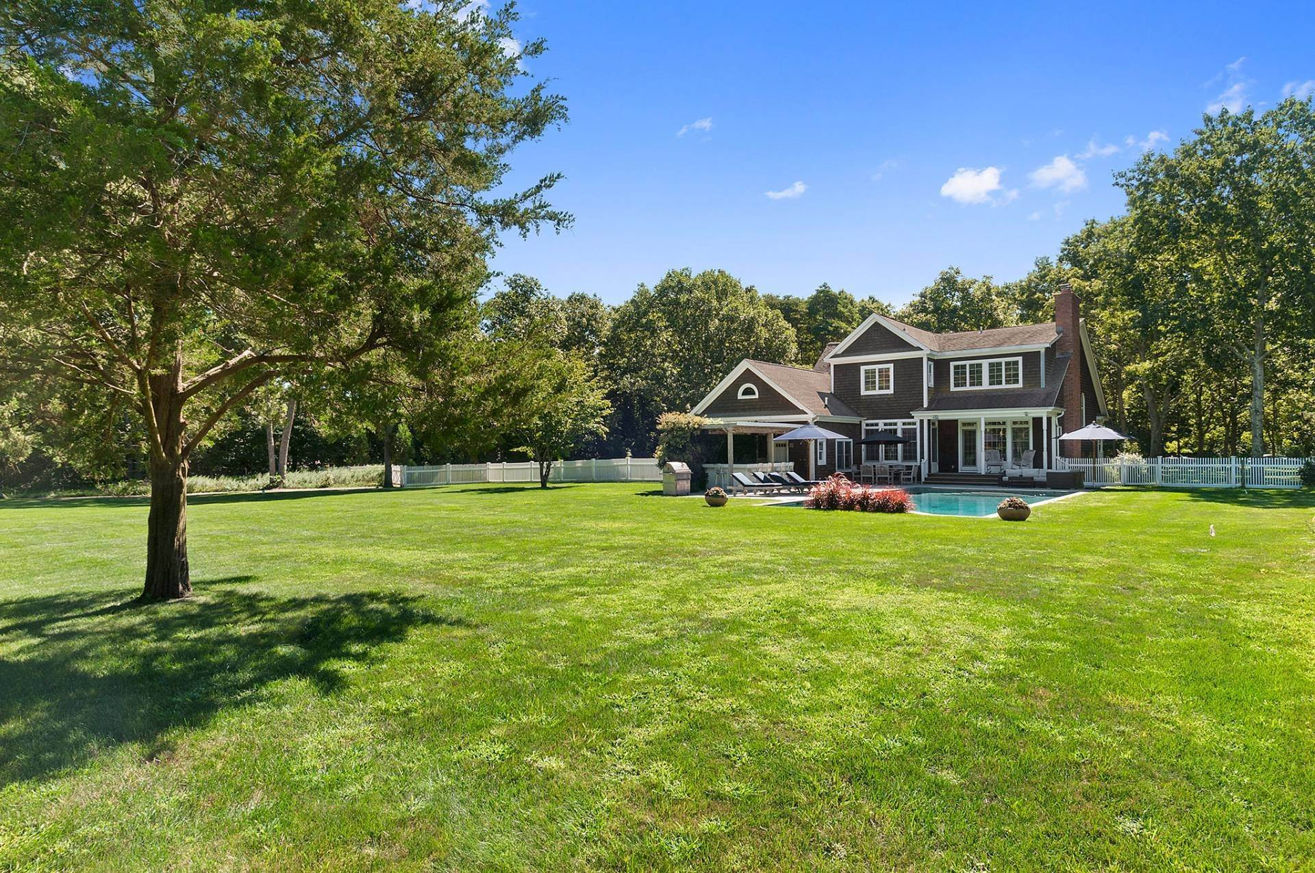 15. Single Family Homes at 100 Greenleaf Lane Sagaponack Village, Southampton Town, NY 11962