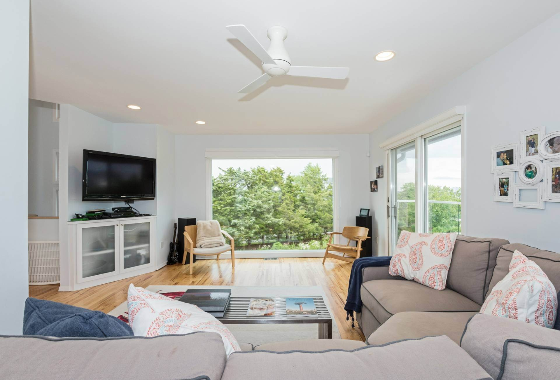 9. Single Family Homes for Sale at An Investment To Live In Westhampton Beach Village, Southampton Town, NY 11978