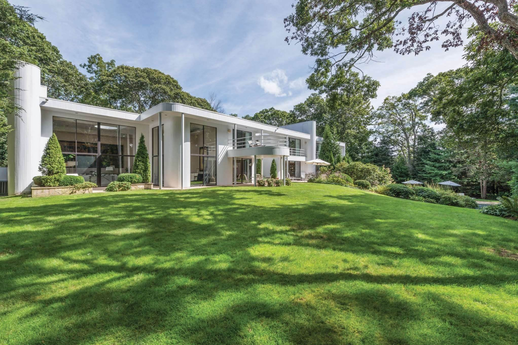Single Family Homes at Georgica East Hampton, East Hampton Town, NY 11937