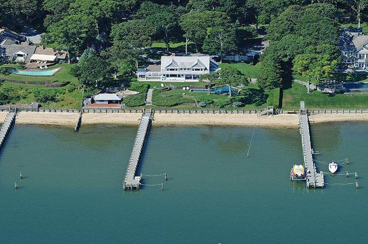 Single Family Homes at Bay Front With Forever Views Sag Harbor, Southampton Town, NY 11963