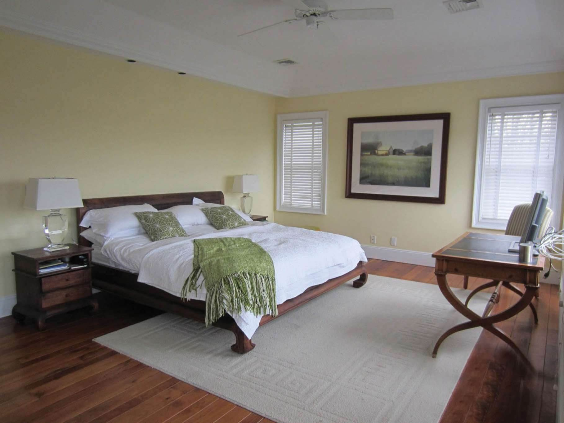 17. Single Family Homes at Bridgehampton Horse Country On Reserve Bridgehampton, Southampton Town, NY 11932