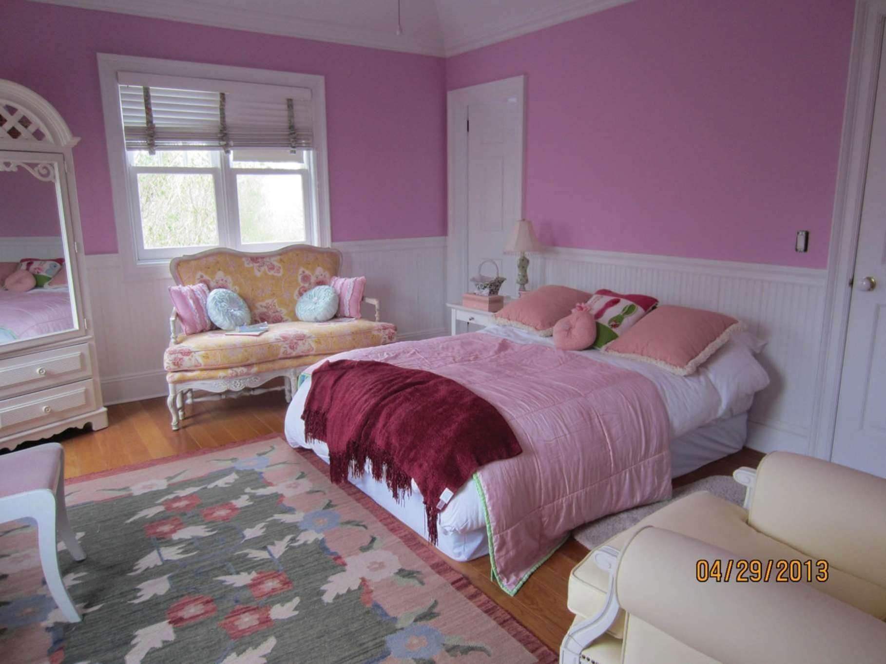 19. Single Family Homes at Bridgehampton Horse Country On Reserve Bridgehampton, Southampton Town, NY 11932