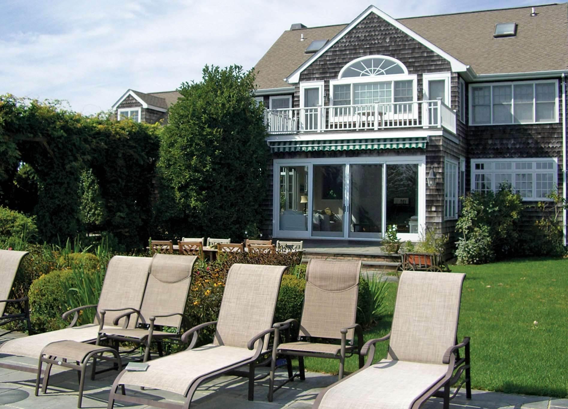 4. Single Family Homes at Bridgehampton Horse Country On Reserve Bridgehampton, Southampton Town, NY 11932