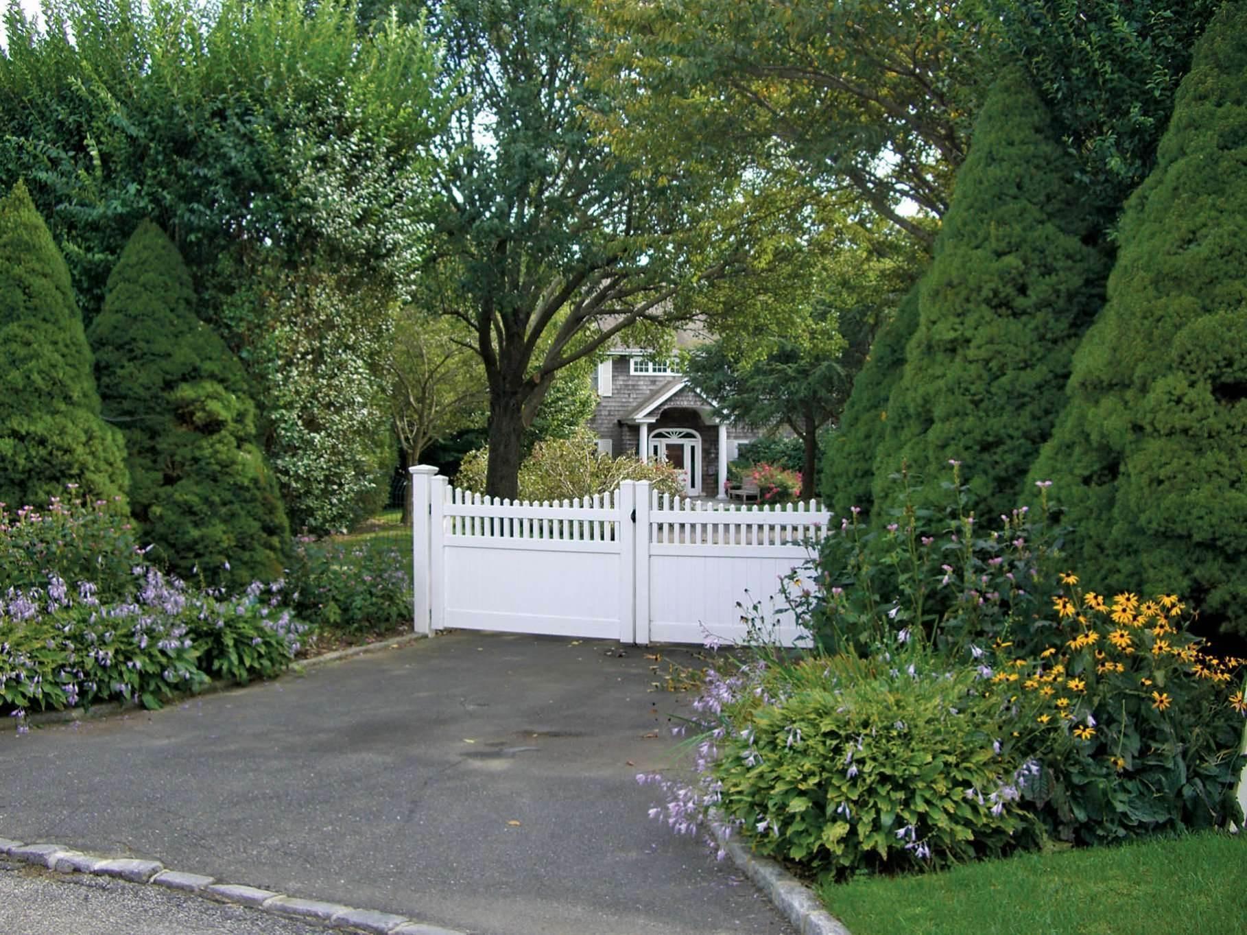 5. Single Family Homes at Bridgehampton Horse Country On Reserve Bridgehampton, Southampton Town, NY 11932
