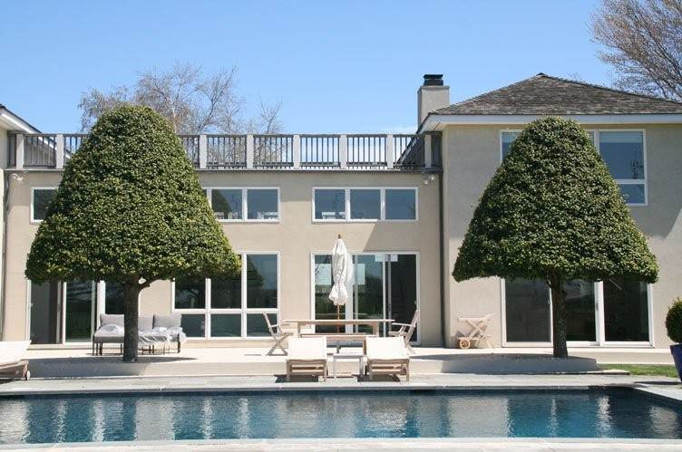 Single Family Homes at Magnificent Home Water Mill, Southampton Town, NY 11976