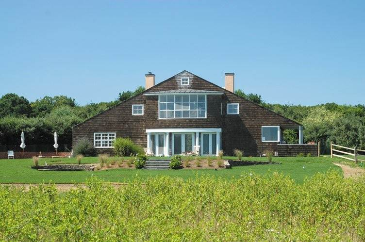 Single Family Homes at Cozy Contemporary Water Mill, Southampton Town, NY 11976