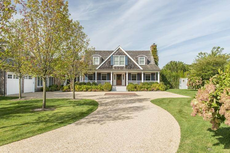 2. Single Family Homes at Breathtaking In Bridgehampton South Water Mill, Southampton Town, NY 11932