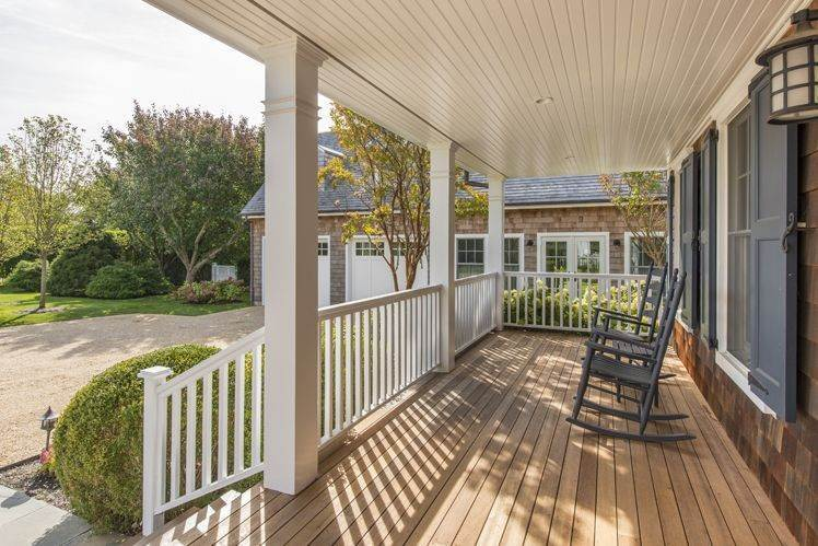24. Single Family Homes at Breathtaking In Bridgehampton South Water Mill, Southampton Town, NY 11932