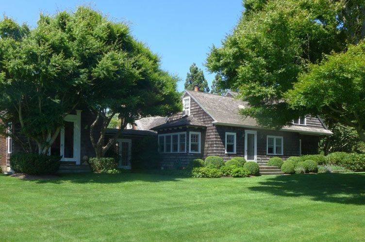 2. Single Family Homes at Picturesque Hedges Lane Summer Rental Undisclosed Address, Sagaponack Village, Southampton Town, NY 11962