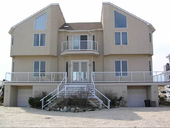 24. Single Family Homes at Oceanfront Beauty Winter Available Summer Or Year Round Westhampton Dunes Village, Southampton Town, NY 11978