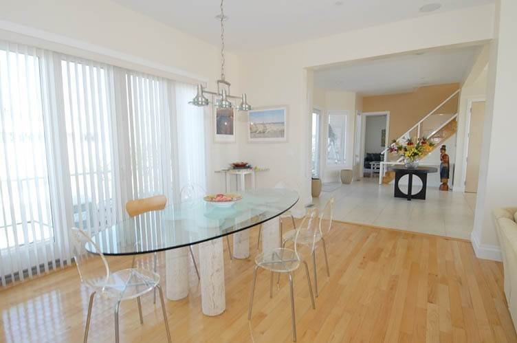 10. Single Family Homes at Oceanfront Beauty Winter Available Summer Or Year Round Westhampton Dunes Village, Southampton Town, NY 11978