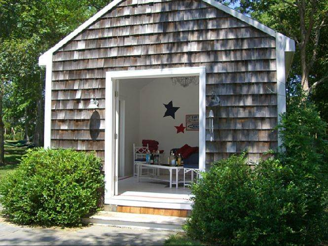 22. Single Family Homes for Sale at Eh Village Edge With Tennis Possible 170 Cedar Street, East Hampton, East Hampton Town, NY 11937