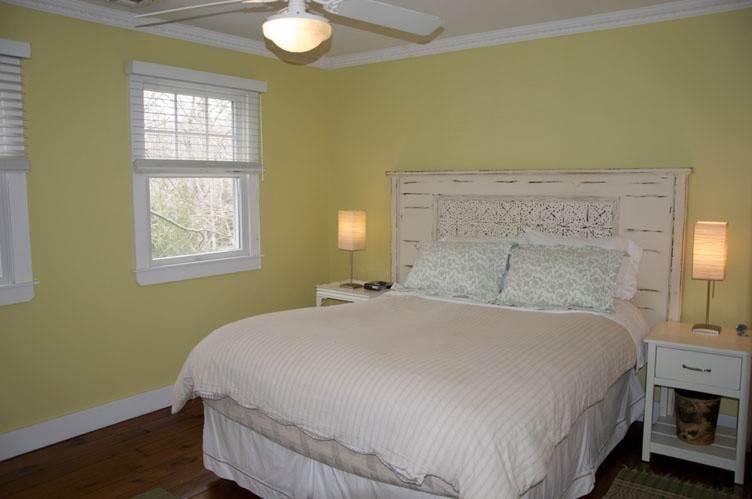 18. Single Family Homes at Serene Sagaponack Sagaponack, Southampton Town, NY 11962