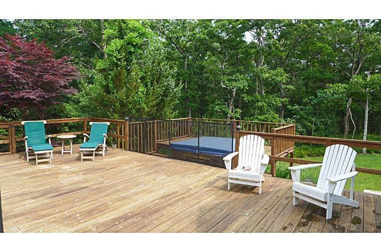 23. Single Family Homes at Tennis Anyone? East Hampton, East Hampton Town, NY 11937