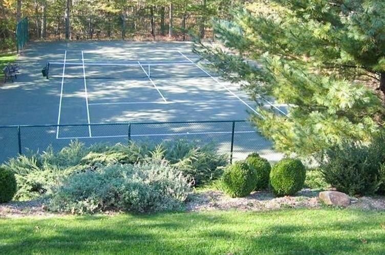 4. Single Family Homes at Tennis Anyone? East Hampton, East Hampton Town, NY 11937