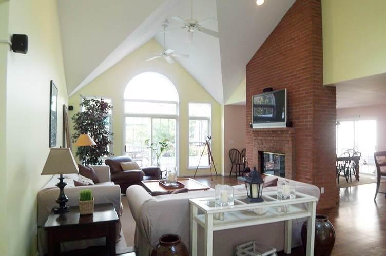 8. Single Family Homes at Tennis Anyone? East Hampton, East Hampton Town, NY 11937