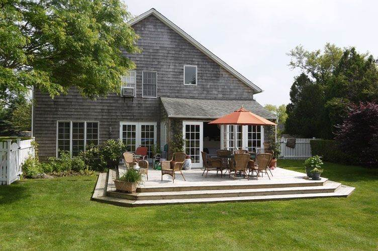 Single Family Homes at Bridgehampton Renovated Barn Bridgehampton, Southampton Town, NY 11932