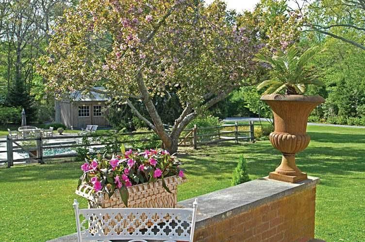 3. Single Family Homes at East Hampton Village Gem East Hampton, East Hampton Town, NY 11937