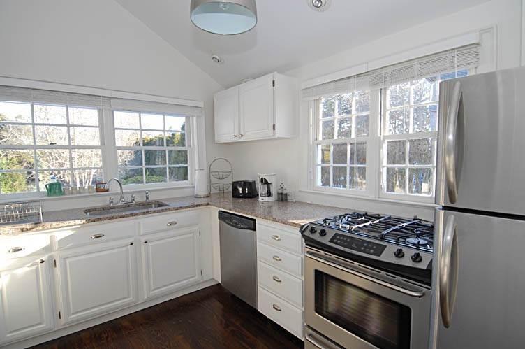 24. Single Family Homes at East Hampton Village Gem East Hampton, East Hampton Town, NY 11937