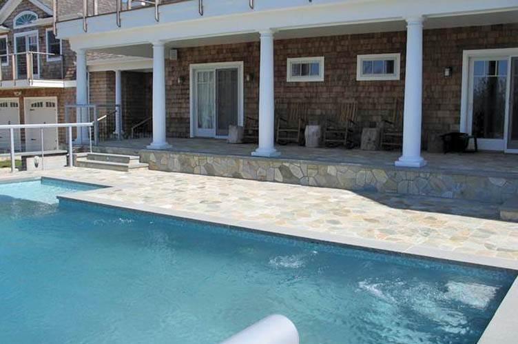 3. Single Family Homes at Spectacular Sunsets Montauk, East Hampton Town, NY 11930