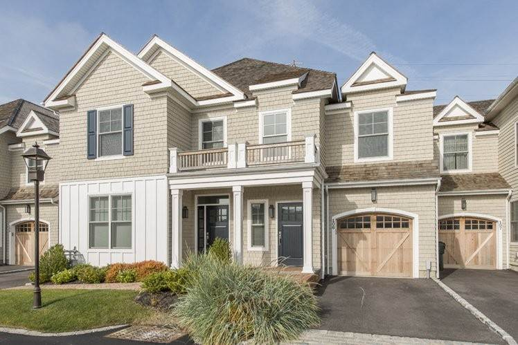 Condominiums at Brand New Southampton Condo With Everything!! Southampton, Southampton Town, NY 11968