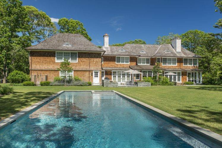 Single Family Homes at Secluded South Of The Highway Amagansett, East Hampton Town, NY 11937
